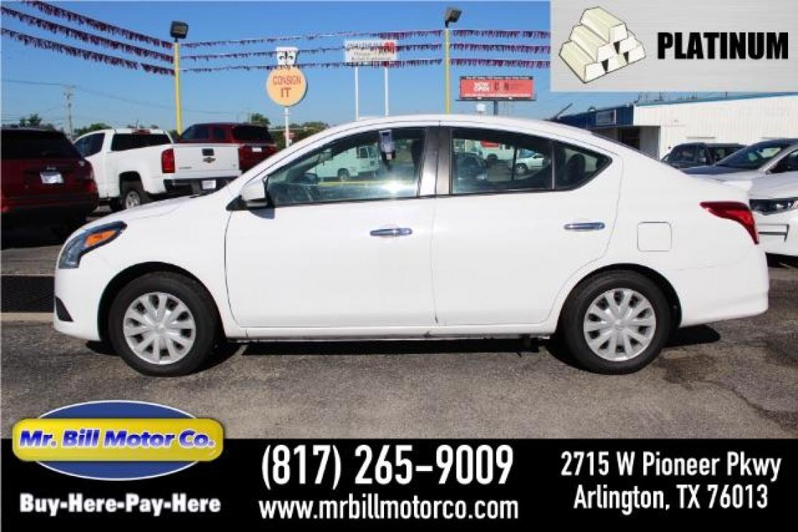 2019 WHITE Nissan Versa 1.6 SV Sedan (3N1CN7AP5KL) with an 1.6L L4 DOHC 16V engine, Continuously Variable Transmission transmission, located at 2715 W Pioneer Pkwy, Arlington, TX, 76013, (817) 265-9009, 32.710262, -97.153236 - Photo #0